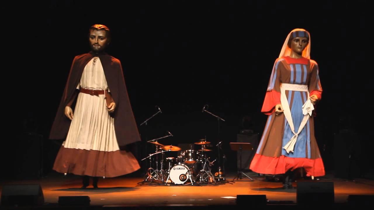 Comparsa Perrinche en las Jornadas sobre Benjamín de Tudela